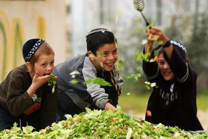 FIDAKI YA GHAZA - Page 2 Gaza%20jewish%20children%20salad%20closeup